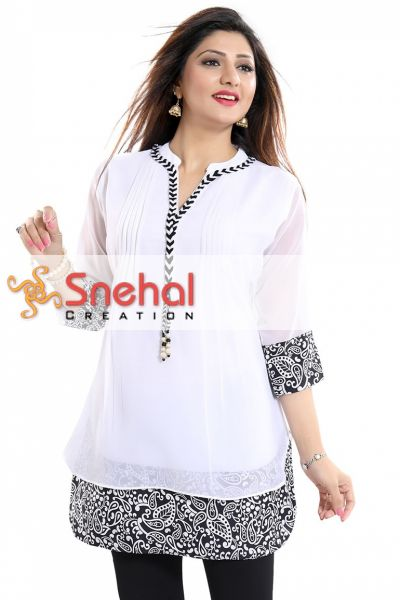 Beautilicious White Fine Georgette Party Wear Layered Short Tunic
